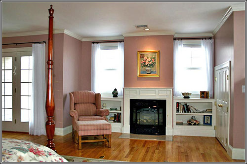 220 jerusalem road cohasset property at dean hamilton for What is the square footage of a 15x15 room